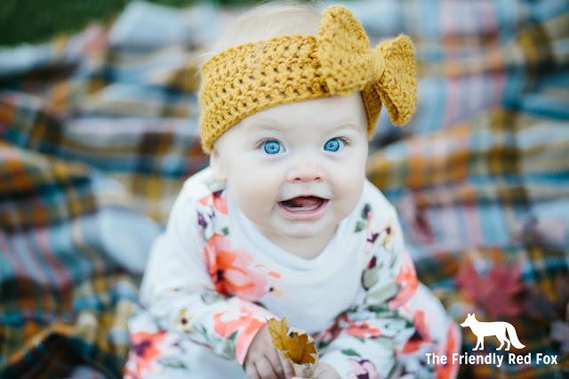 Crochet a Headband on a baby
