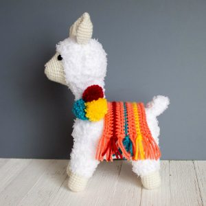 Tutorial Crochet Lama in 2 sizes | 300x300
