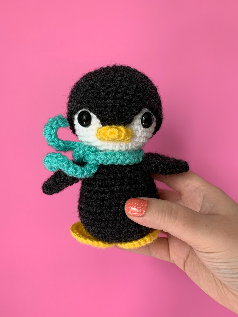 Little Bird - Free Crochet Pattern - Stella's Yarn Universe | 1200x900