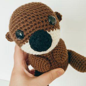 otter crochet pattern